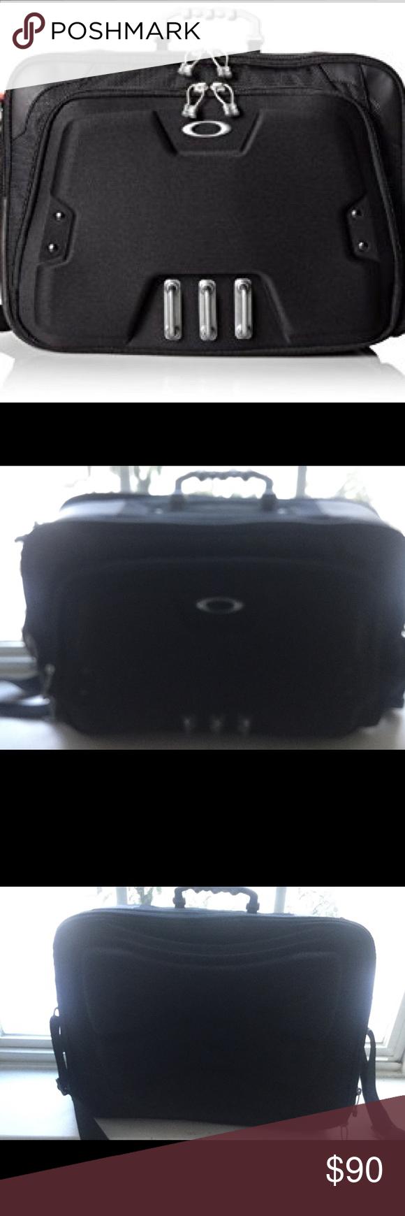 oakley mens computer bag lap top casebriefcase