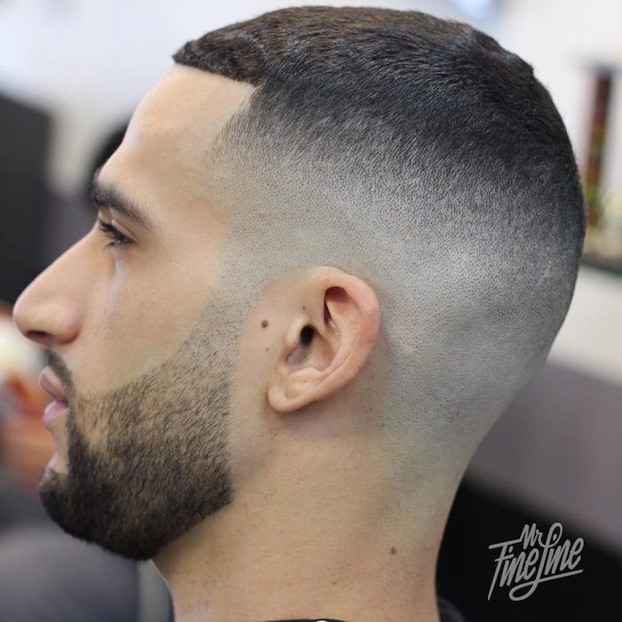 Coupe cheveux tres court degrade homme
