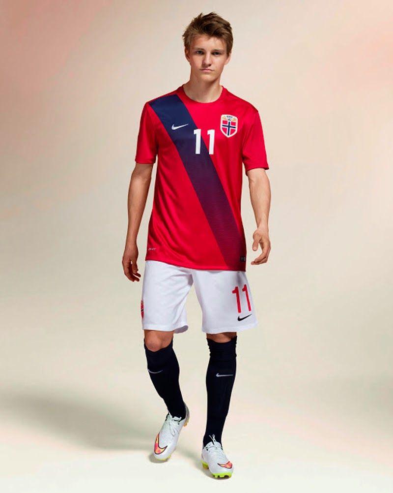 Uniformes 2015 Soccer Camisetas Del 2016 Noruega Nueva Nike tYwqT4A