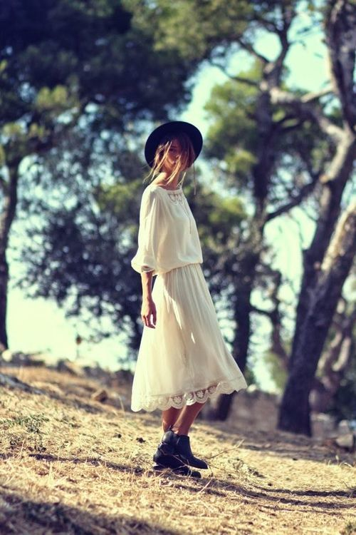 Photo of Image about girl in fotos by Tetera on We Heart It