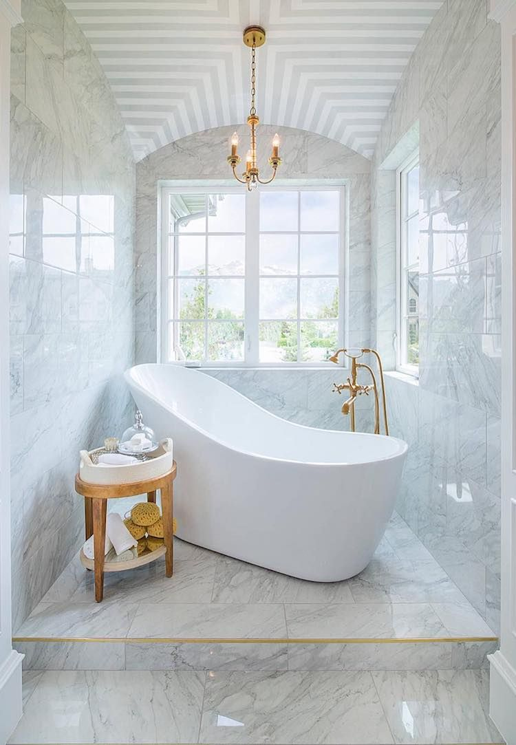 10 White Freestanding Bathtubs for the Bathroom of Your Dreams ...