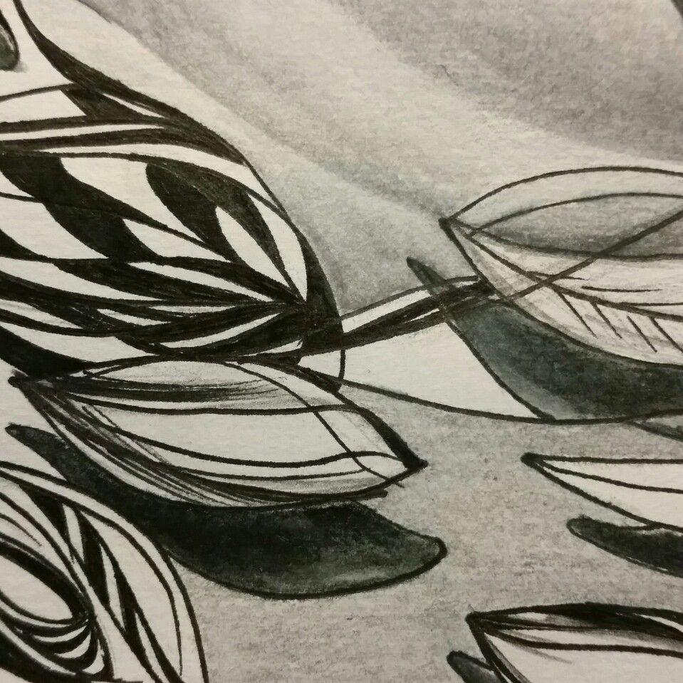 Designing. #design  #black&white  www.cacheila.net
