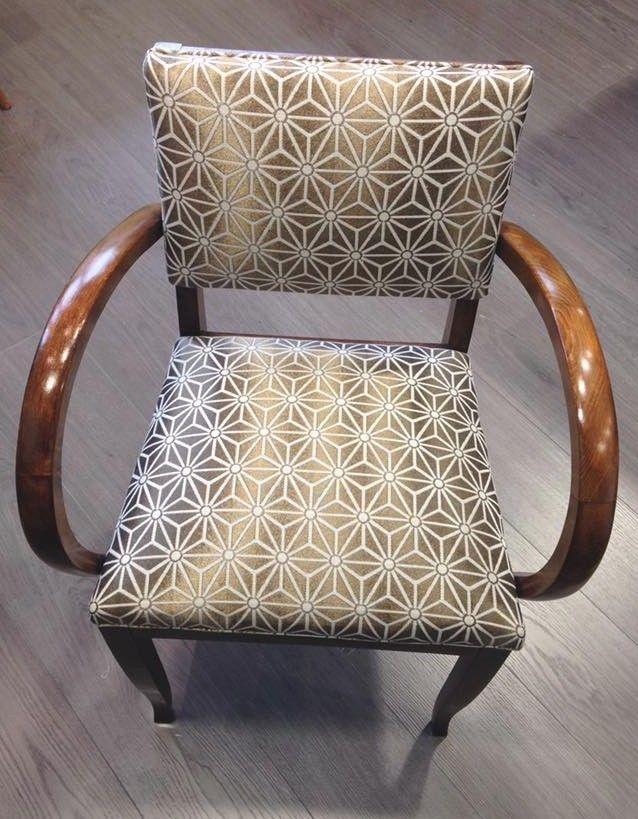 fauteuil ancien refait moderne. Black Bedroom Furniture Sets. Home Design Ideas