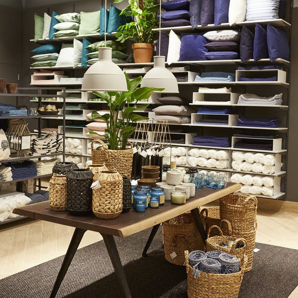 H And M Home Decor Beautiful The H M Home Department At Its New London Store Is A Dream E True London Home Decor Home Decor Store Home Decor Uk