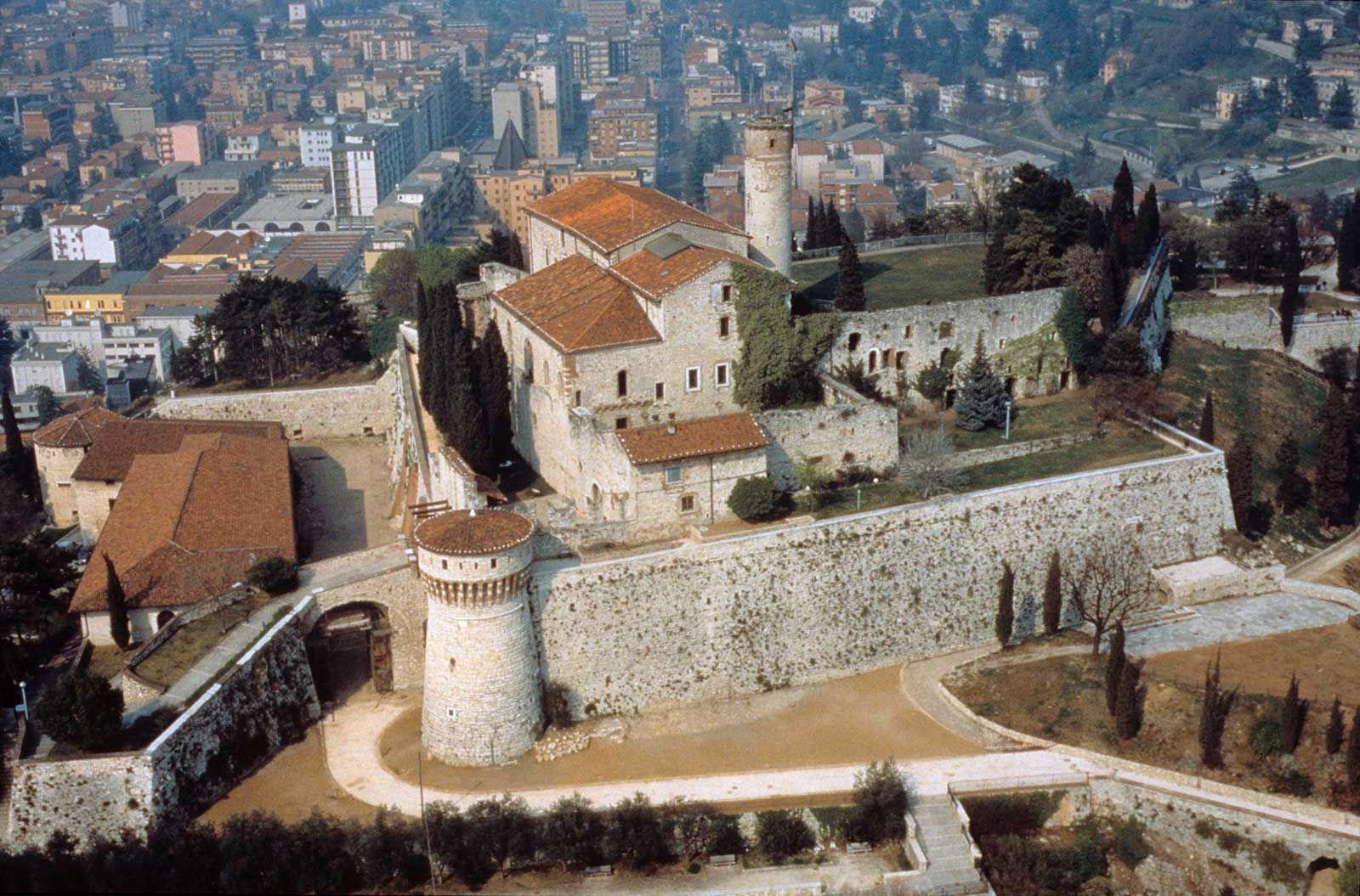 castello di brescia Castelli, Castello, Italia