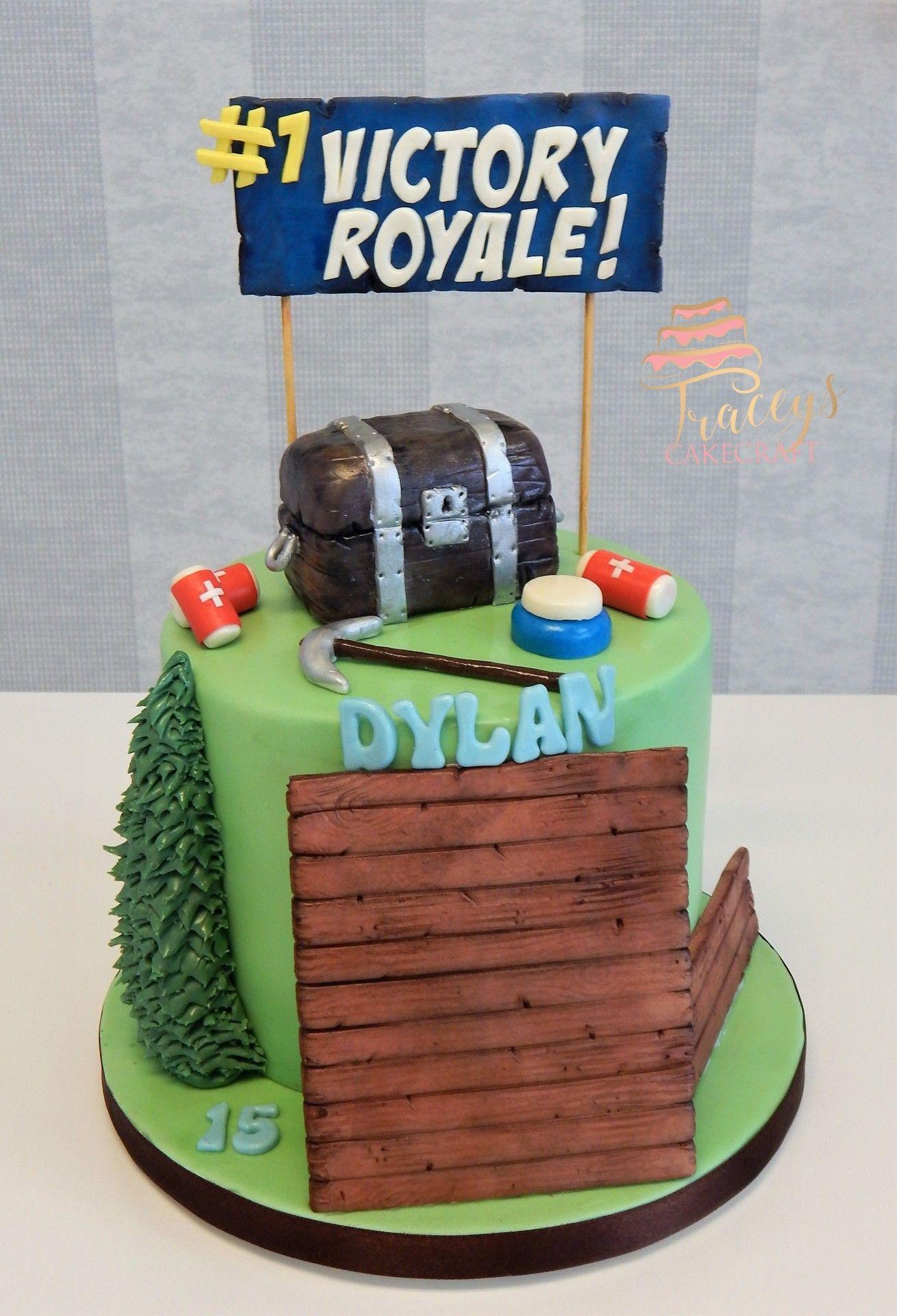 Simple Fortnite Cake