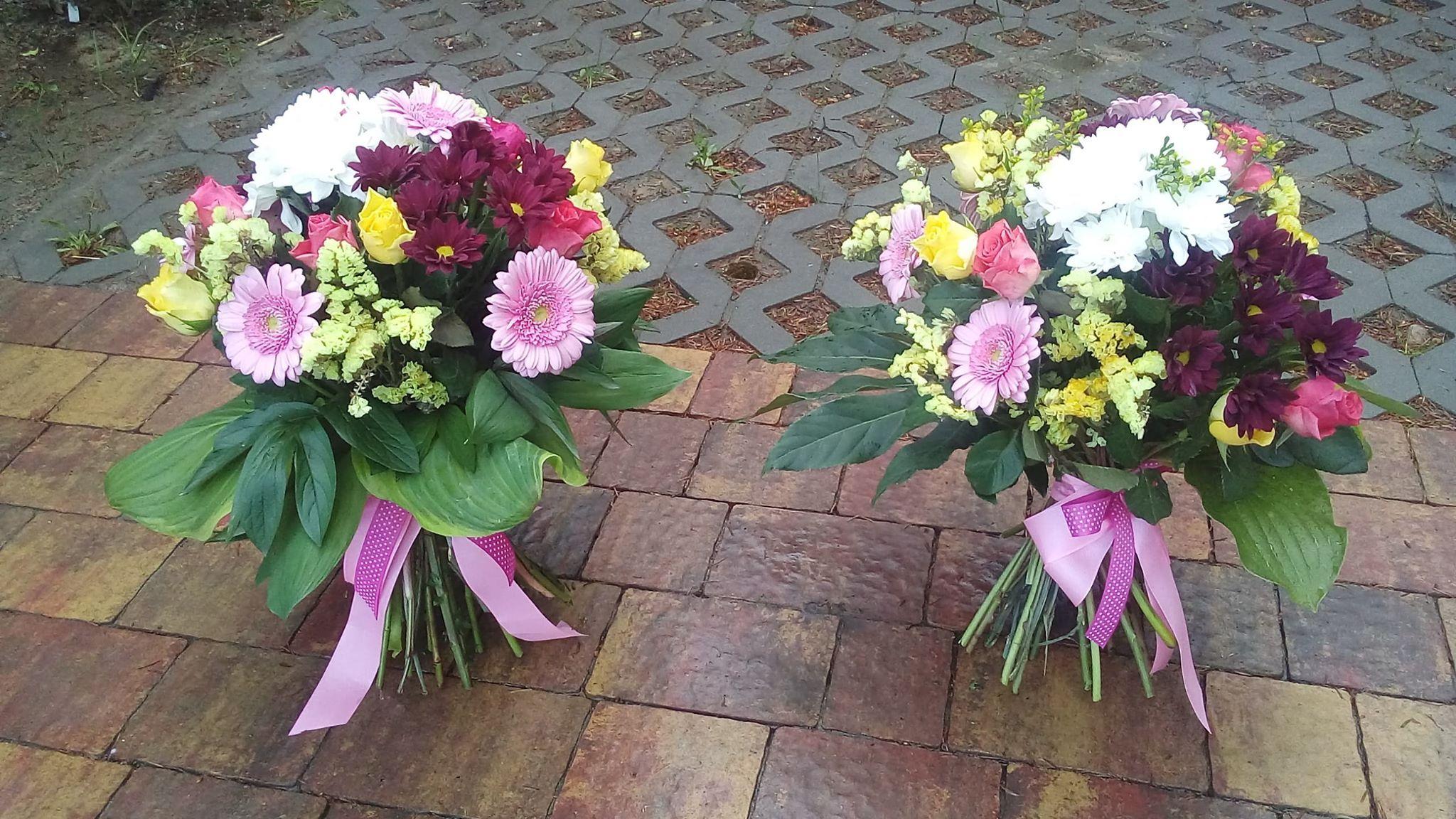 Bukiety Okolicznosciowe Floral Floral Wreath Wreaths