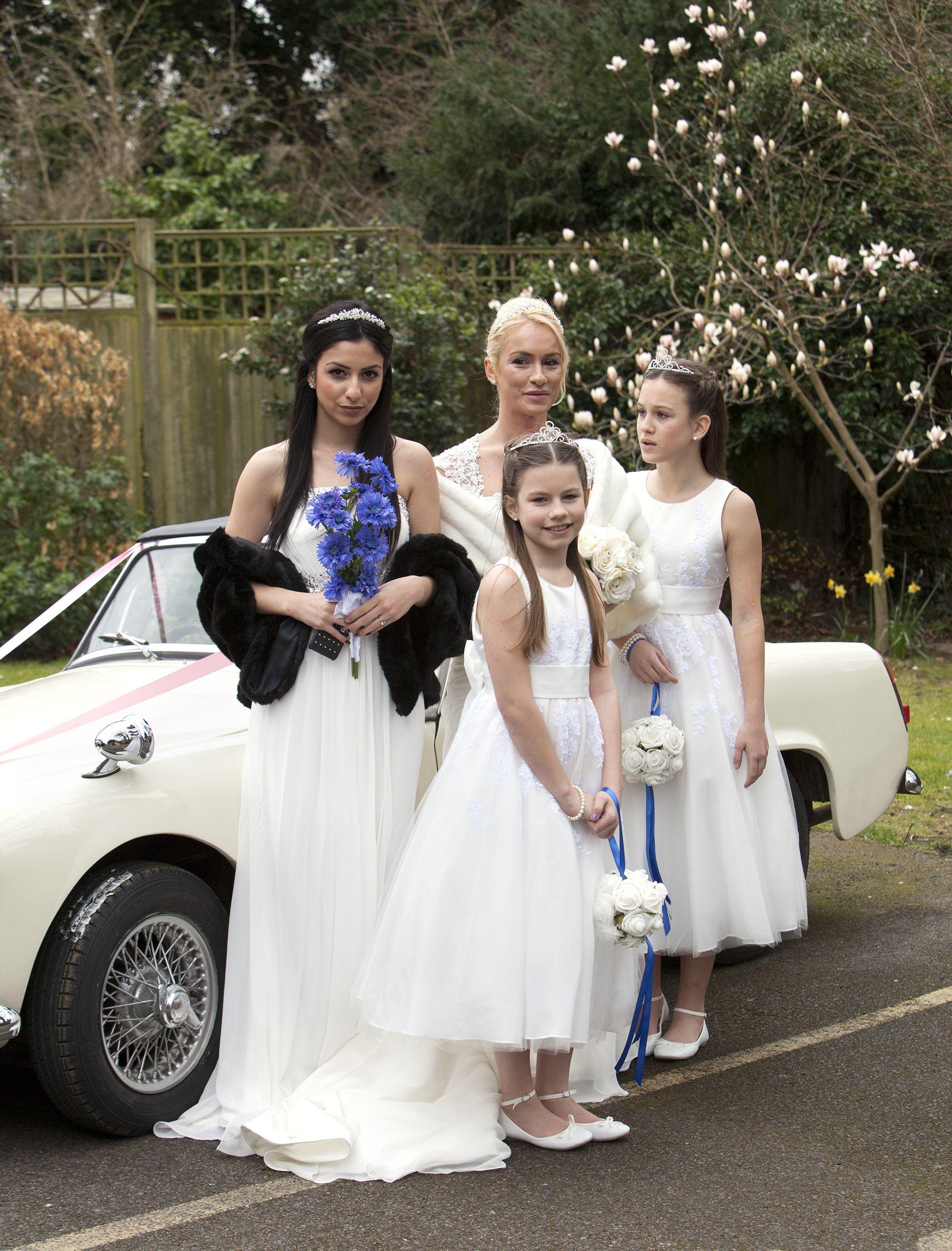 Bride And Bridesmaids With Magnolia