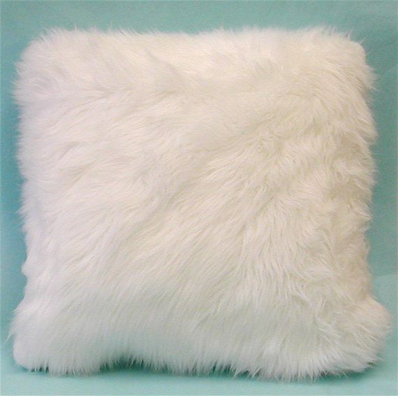Sectional Sofas Kijiji Kitchener: 16'' Faux Fur Throw Pillows Bright White Sheep Fur
