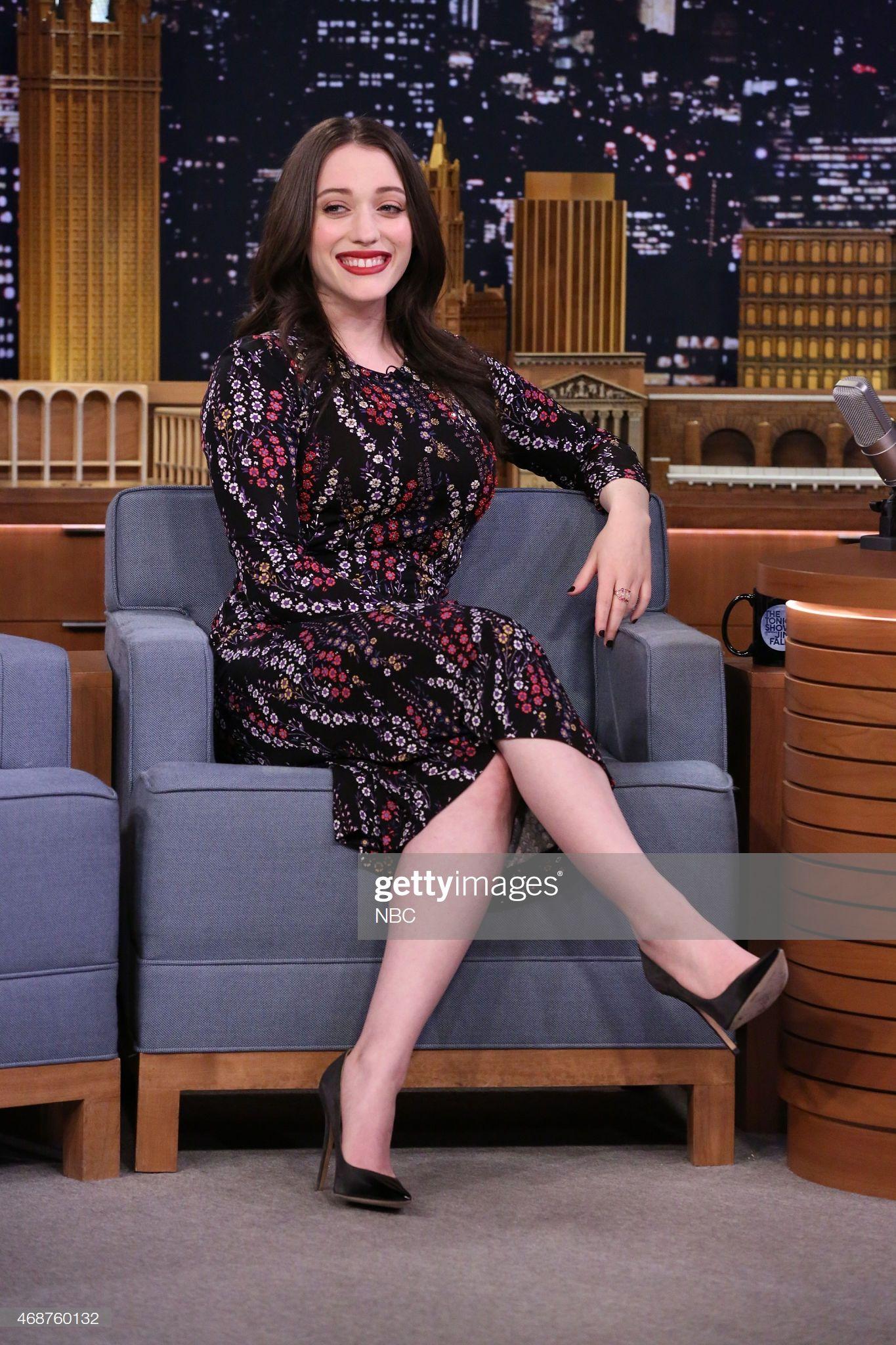 Actress Kat Dennings On April 6 2015 Kat Dennings Kat Dennings Pics Actresses With Black Hair [ 2048 x 1365 Pixel ]