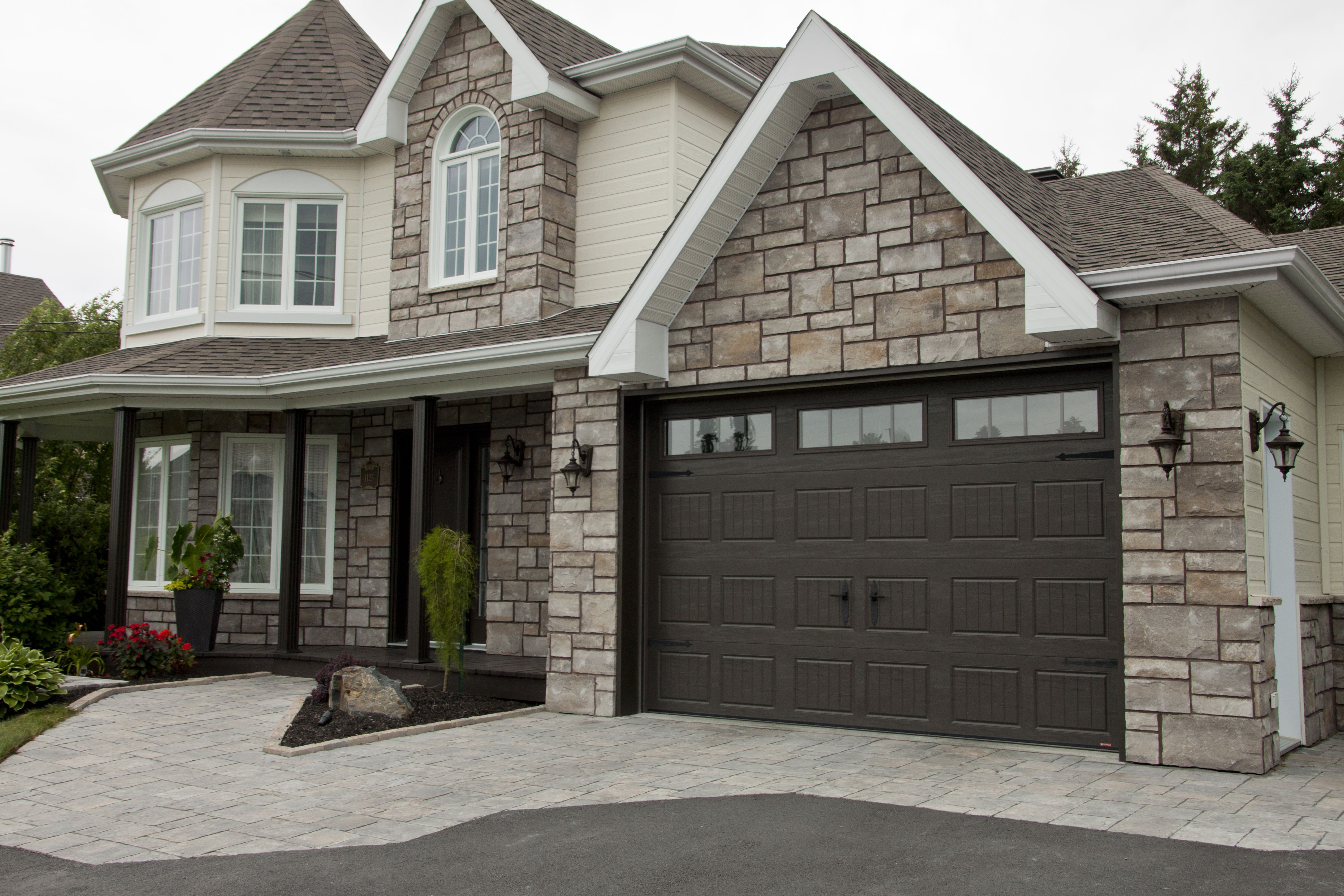 Carriage garage doors without windows  Garage Door Model  Carriage House SP u x u Ice White Orion