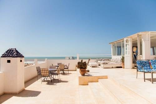 Blue Kaouki Sidi Kaouki Hotel Blue Kaouki is located in Essaouira right on the Sidi Kaouki Beach, 25 km from Essaouira city centre. Guests can relax in the living room or on the terrace seating area.
