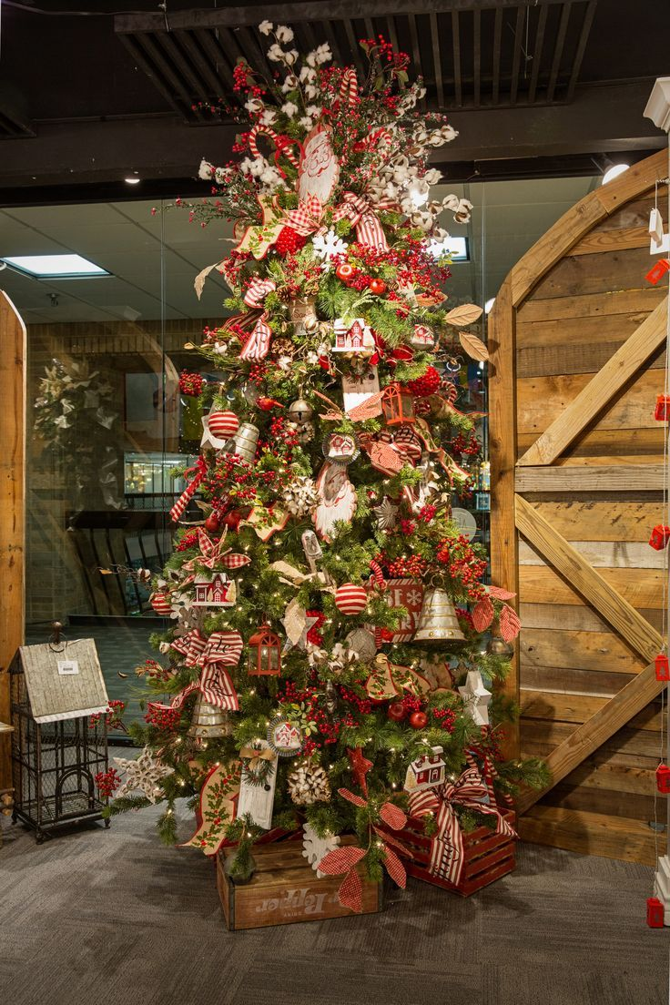 farmhouse christmas tree with cotton stalks