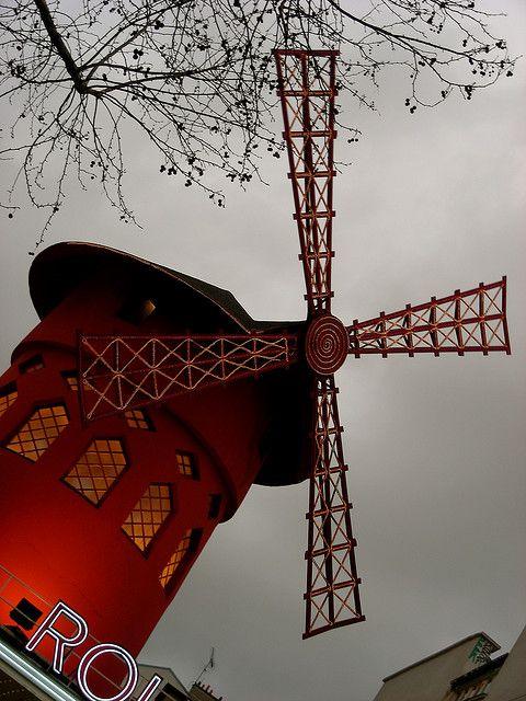 Moulin Rouge, Paris.