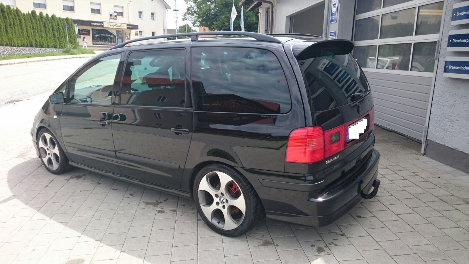 440 Ps Tuned Vw Sharan Ends Up On Ebay For 11 690