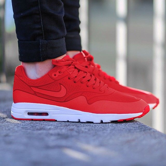 Nike Air Max 1 Université Ultra Moiré Rouge 5s
