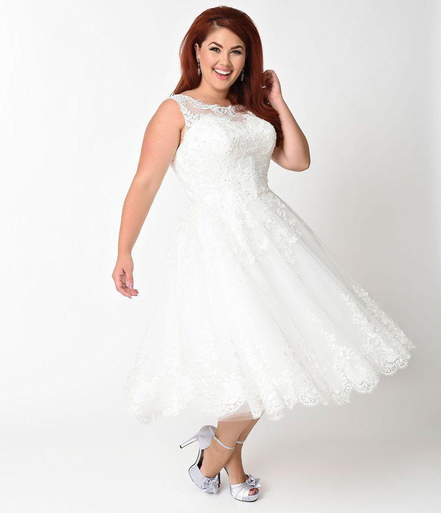 Unique Vintage Plus Size 1950s Ivory Lace Tulle Riviera Bridal Dress In 2020 Short Wedding Dress Plus Size Wedding Guest Dresses Bridal Dresses