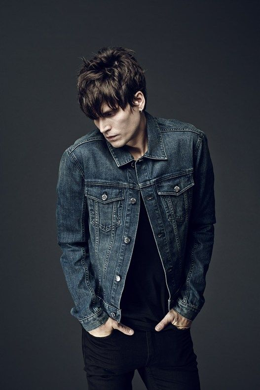 A PREVIEW OF OUR SS15 COLLECTION. JAMIE BURKE IN JEANS JACKET 5. PHOTOGRAPHED BY JOHAN LINDEBERG.