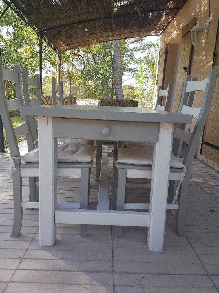 table et 6 chaises peinte en gris et