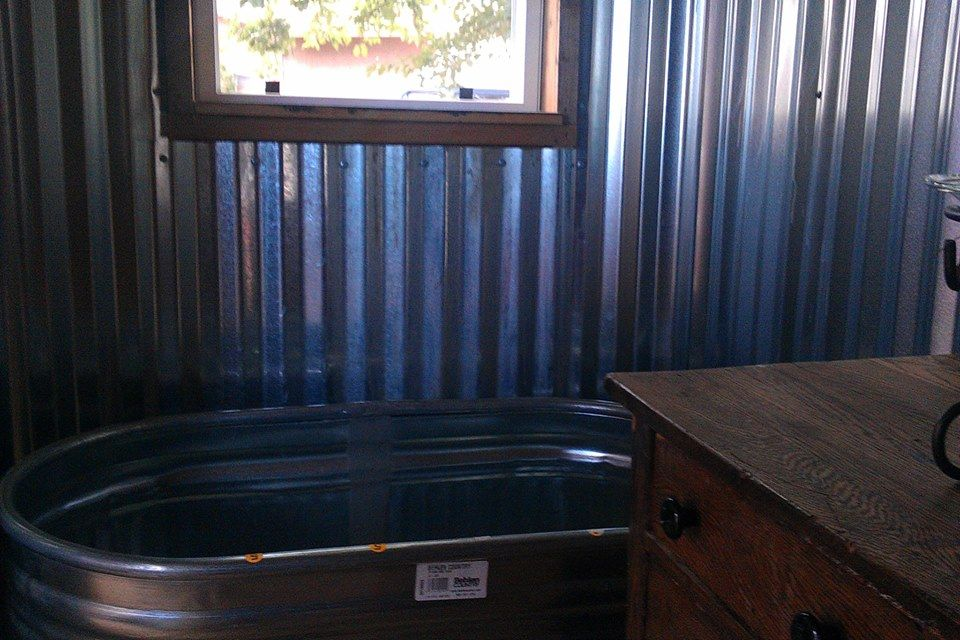 Bathroom Tub Http Www Gofundme Tiny Home American