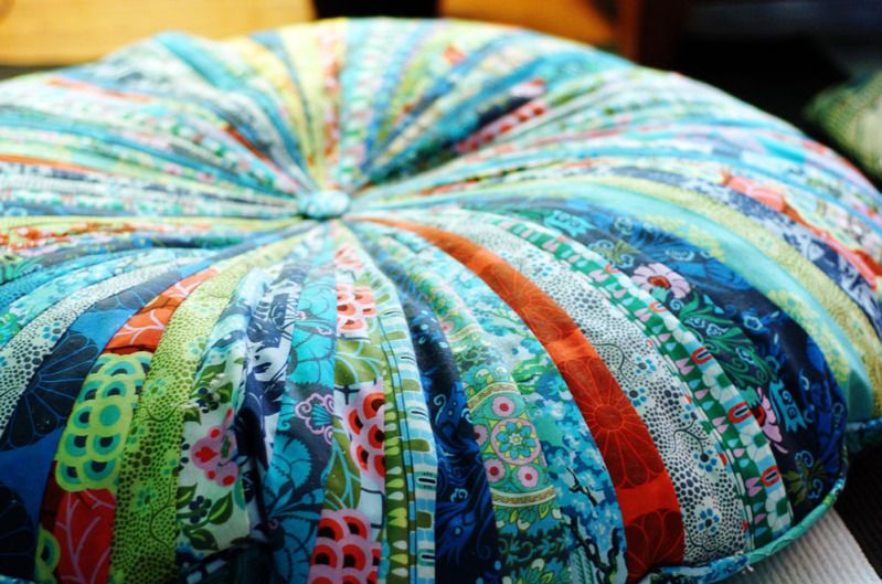 Pattern review: Jelly Roll floor pillows   Floor pillows, Pillows ...