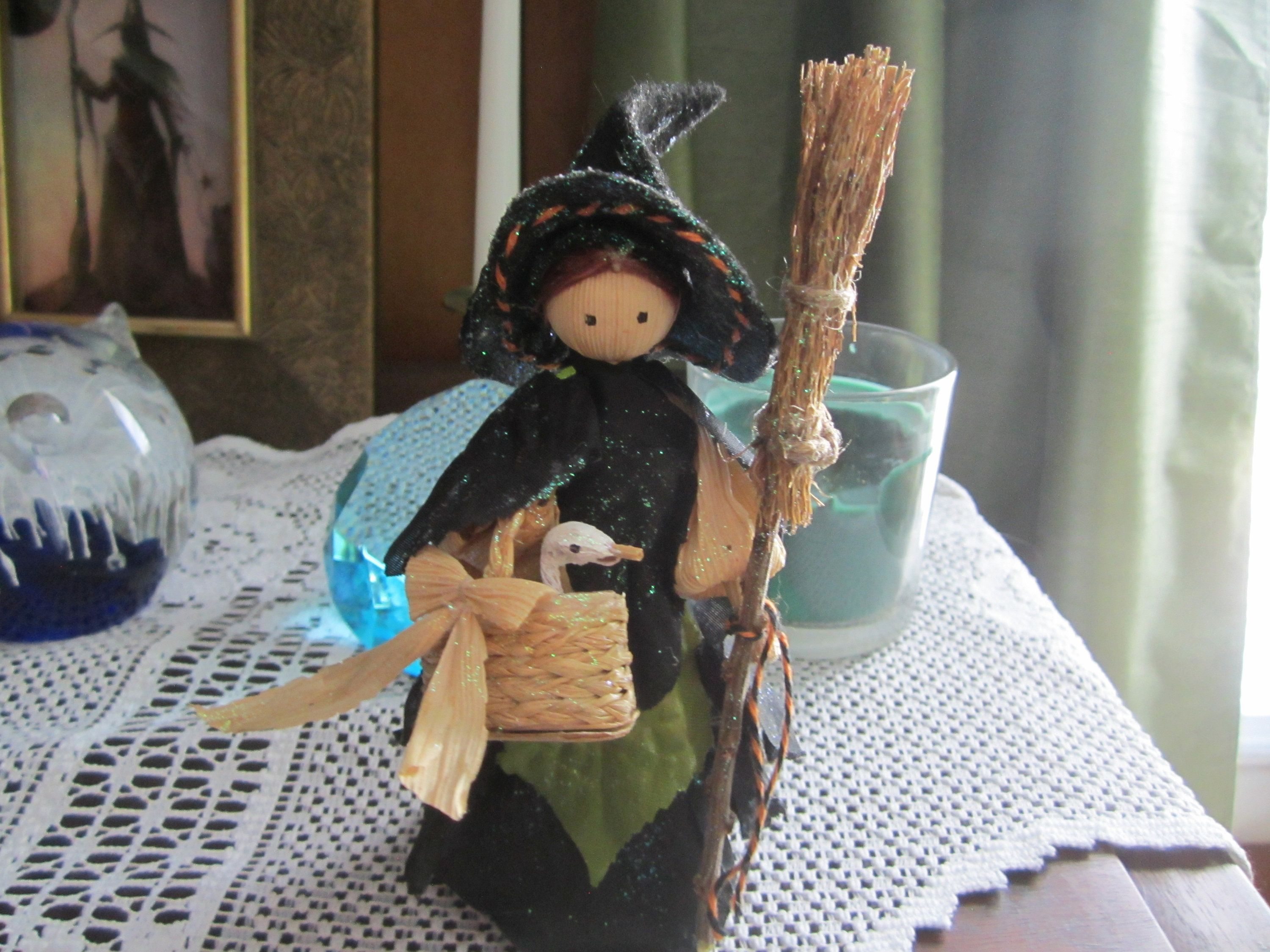Kitchen Witch with Duck, Corn Doll Witch, Halloween Witch, Witchy Decor,Collectable Corn Doll Witch, Wiccan Decor, Halloween Decor, Witch #wiccandecor