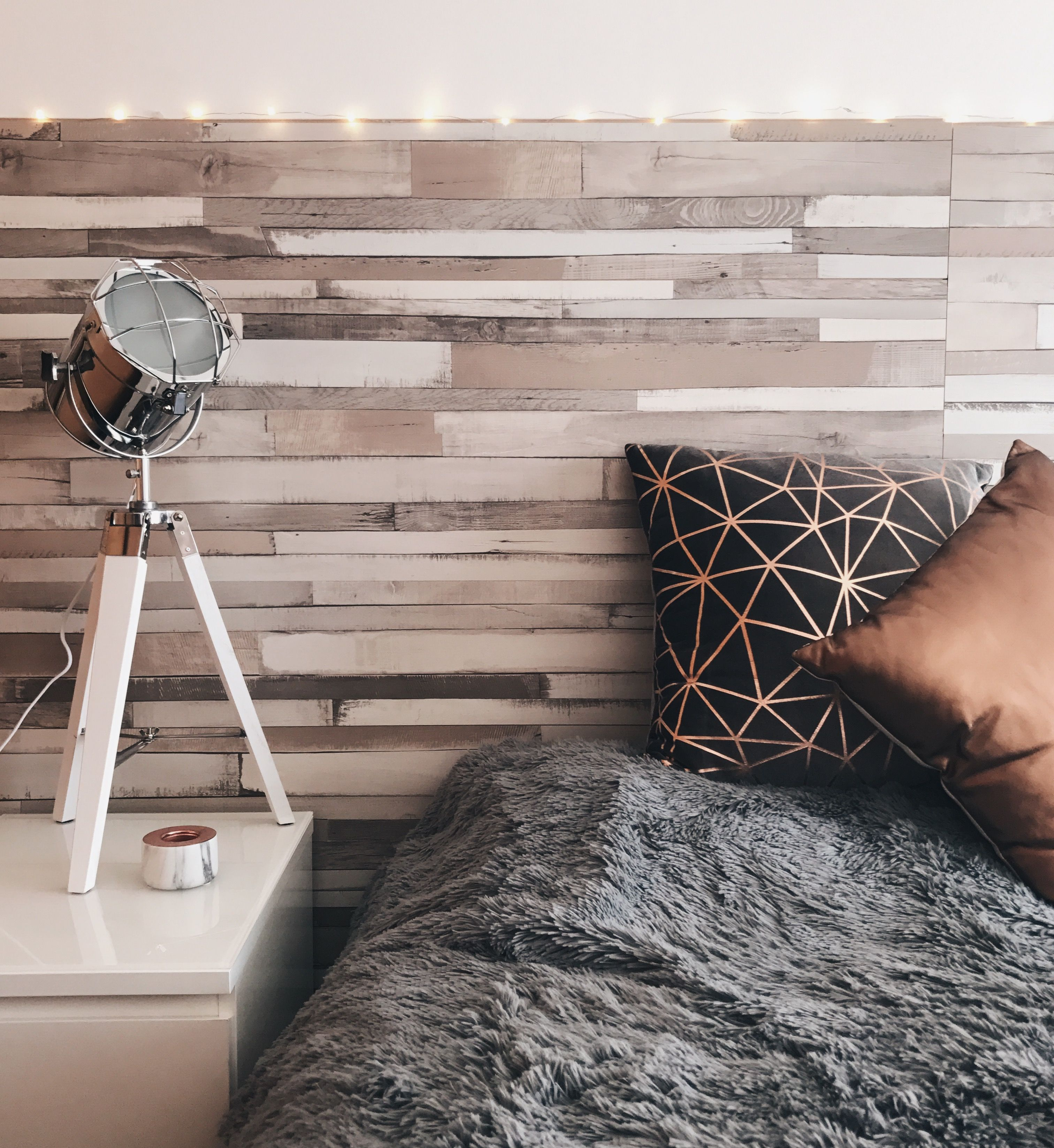 Elect the best vintage accessories for your bedroom | Future ...