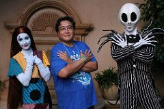 Meet Jack Skellington and Sally at the Court of Angels (Castles, Capes & Clones) Tags: california halloween me disneyland disney sally jackskellington anaheim nightmarebeforechristmas neworleanssquare disneylandresort disneycharacters halloweentime courtofangels lorenjavier