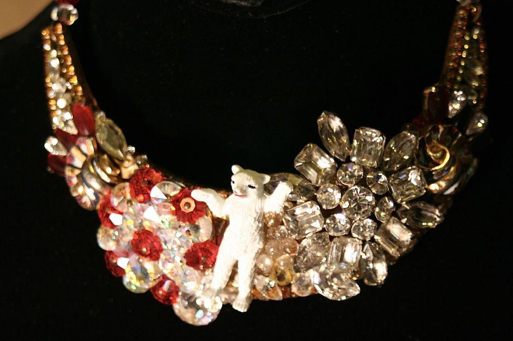 Wendy Gell/Disney '89 Crystal / Rhinestone Arctic Polar Bear Necklace / Collar #WendyGellforDISNEYCO #Collar