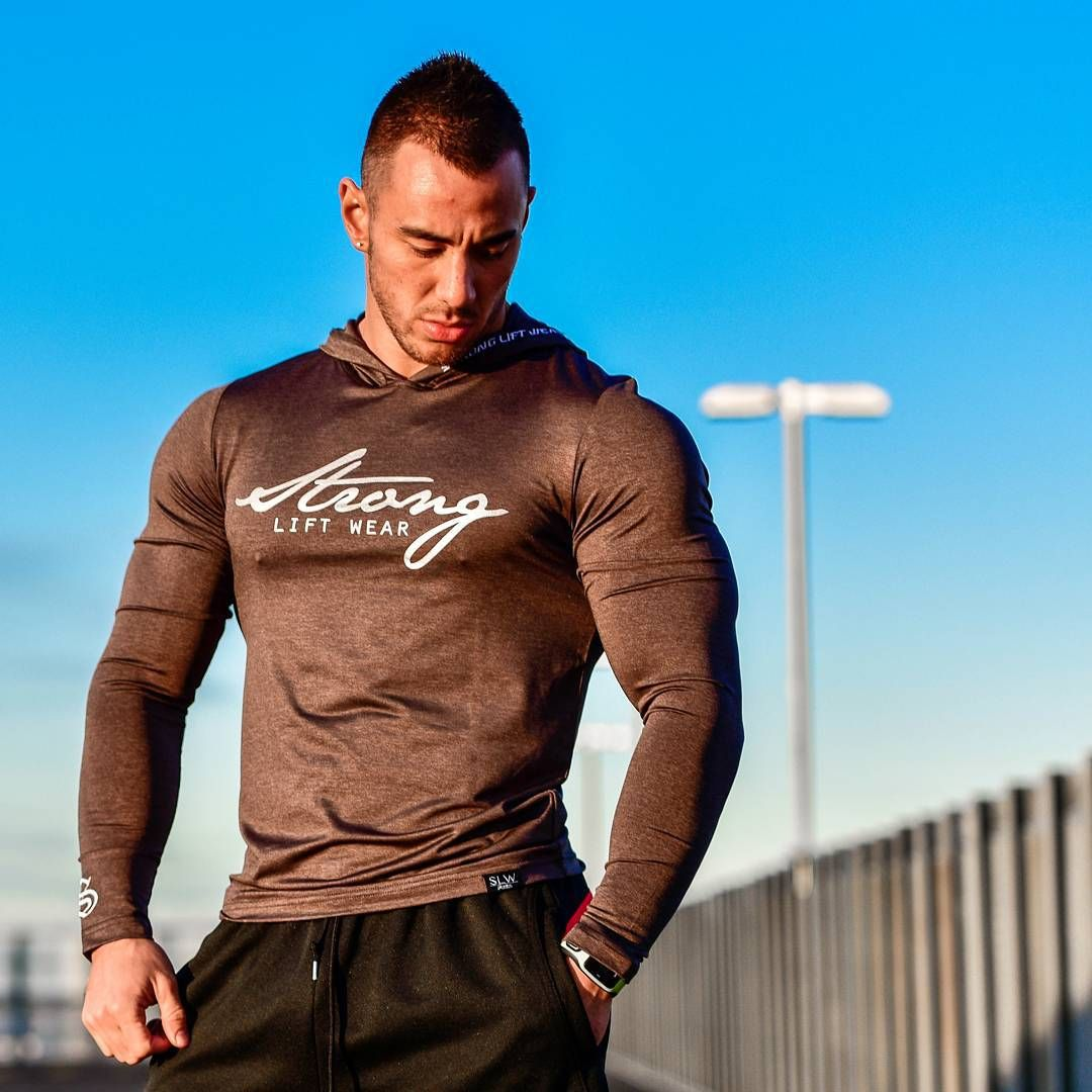 "@strongliftwear ""Not all Gym Wear is created equally and nothing compares to Strong Lift Wear freeflex material!! Light, moisture wicking, comfortable and simply a training essential Check out the range of freeflex long sleeve hooded tees and singlets at www.strongliftwear.com ✔ #strongliftwear #athlete #gymclothing #workout #gymwear #strong #fitness #muscle #gym #bodybuilding #bodybuilder www.strongliftwear.com"