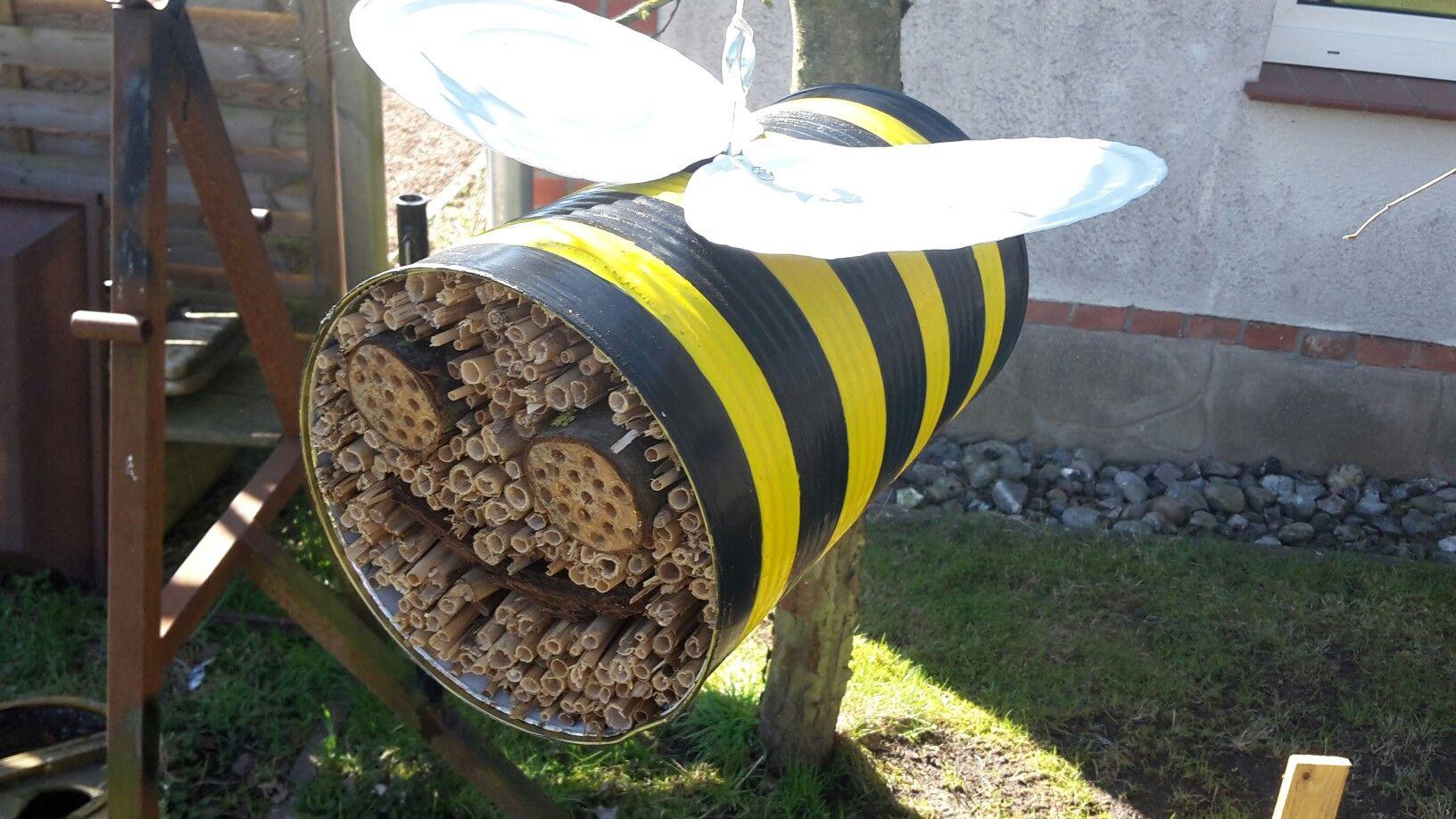 insektenhotel aus blechdose blechdosen pinterest. Black Bedroom Furniture Sets. Home Design Ideas