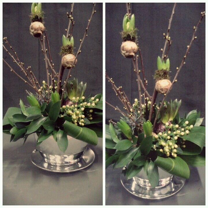 Selfmade met hyacint bollen.