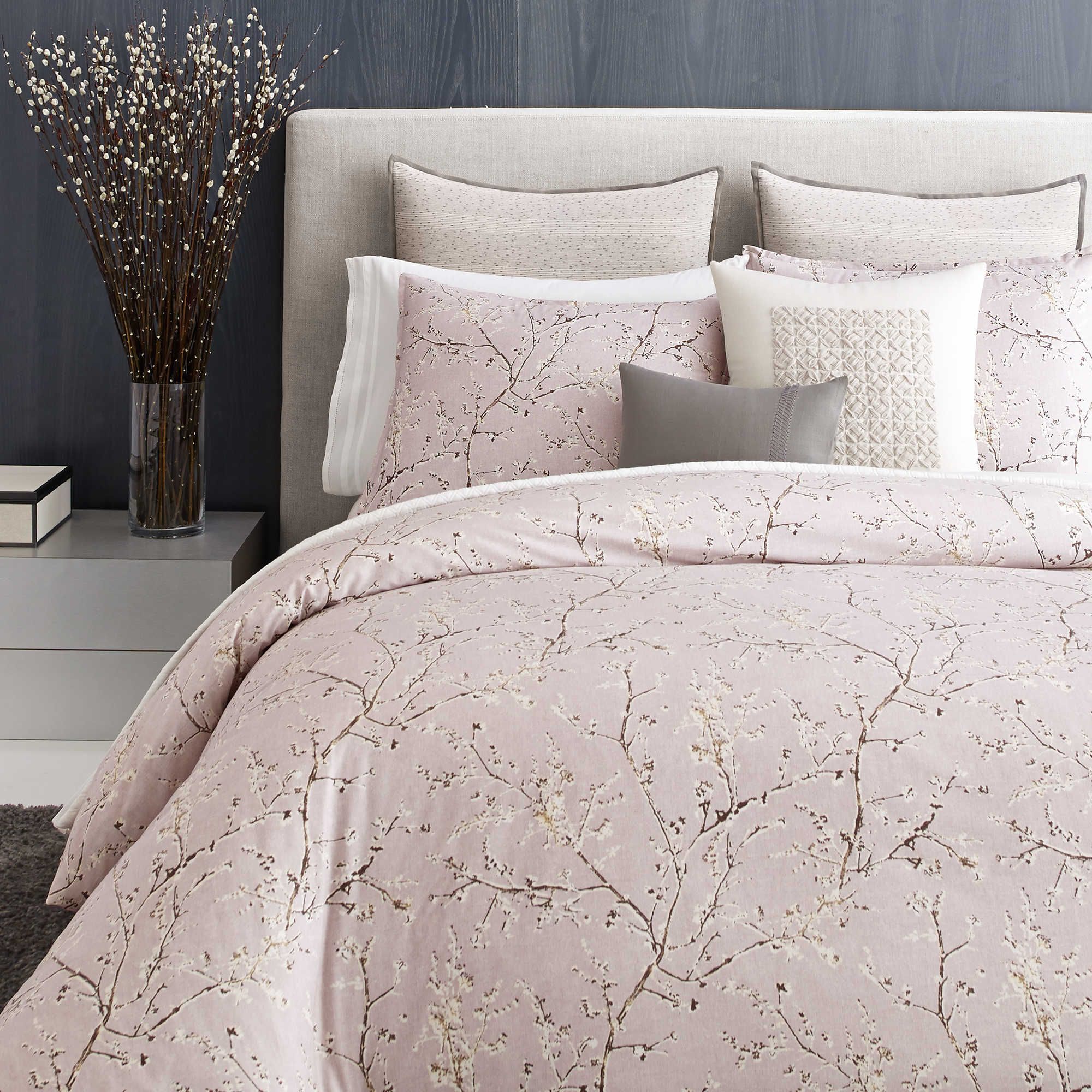 Vera Wang™ Home Winter Blossoms King Duvet Cover in Purple