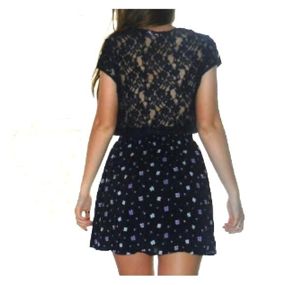 Abercrombie and Fitch Floral Dress with Lace Back like new - worn twice Abercrombie & Fitch Dresses Midi