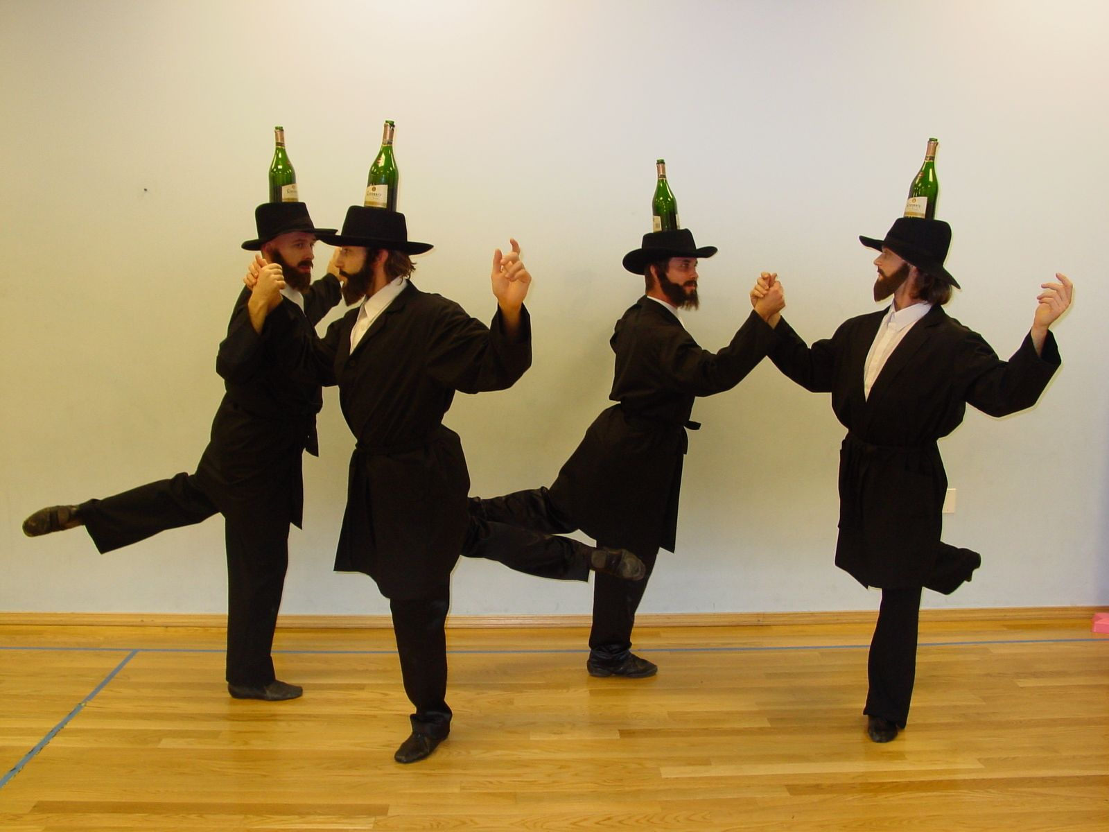 Bottle Dancers Usa From Brooklyn Professional Troupe Of Jewish Male Dancers Hired To Perform Traditional Russian And European Folk Da Folk Dance Dance Dancer