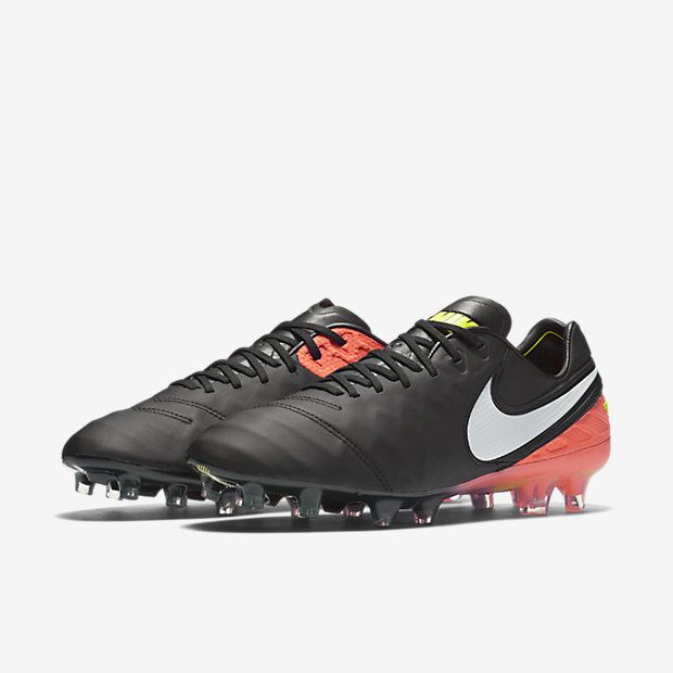low cost 87b50 9f171 Nike Tiempo Legend VI Men s Firm-Ground Football Boot