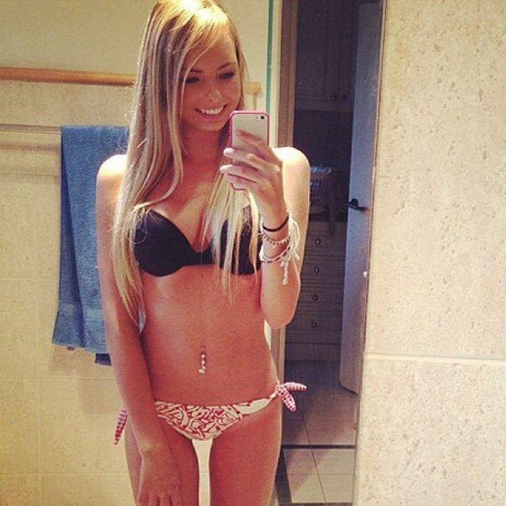 hot blonde teen girls moaning
