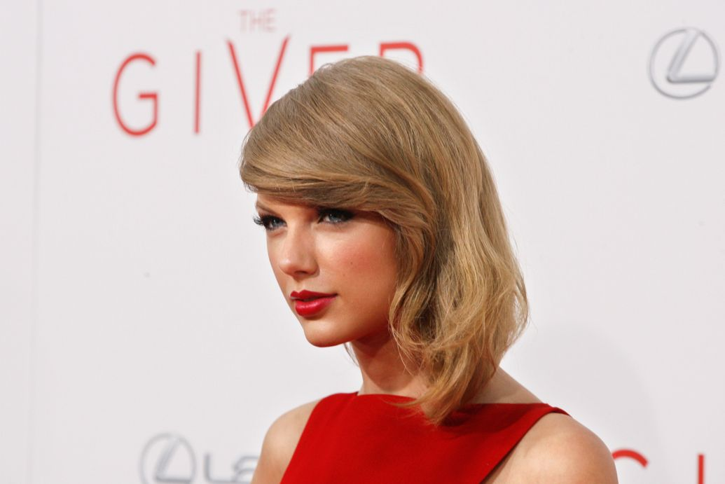 Taylor Swift Joins 'The Voice' as Guest Mentor