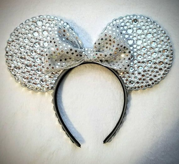 Sparkley Christmas Minnie Mouse Ears!  Check out this item in my Etsy shop https://www.etsy.com/listing/559709926/sparkley-christmas-mickey-mouse-ears
