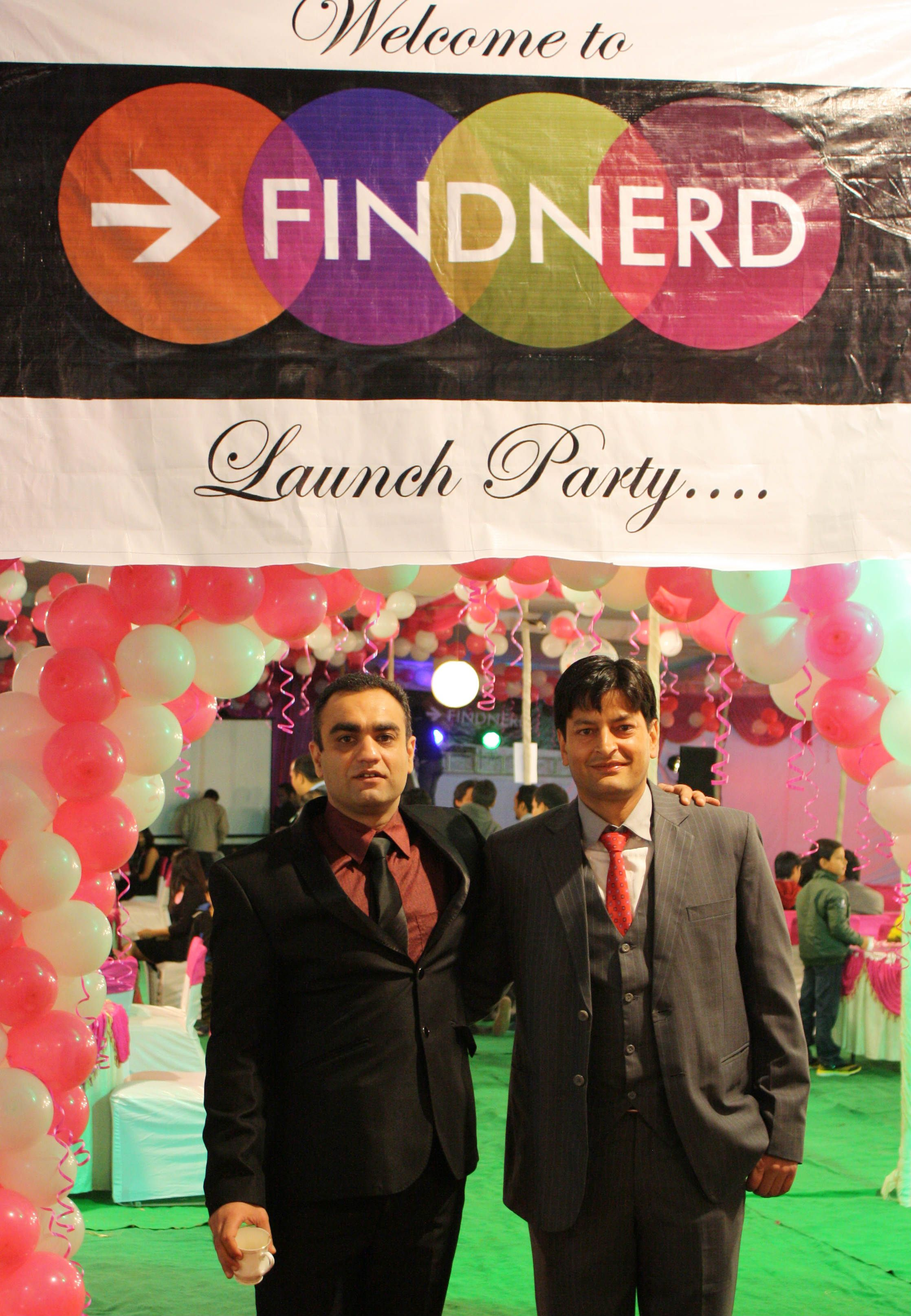 Company top officials at findnerd launch party www