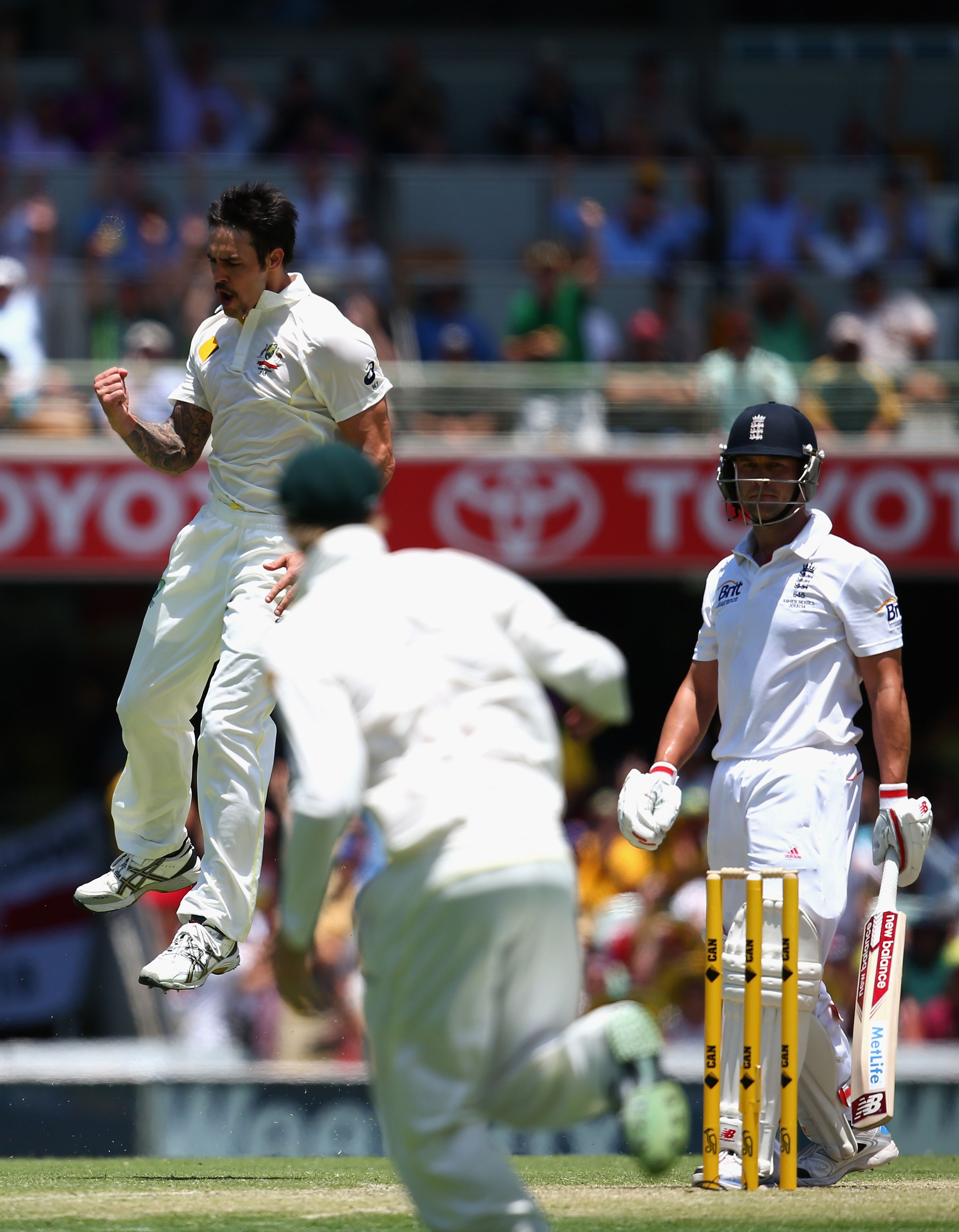 Pin By Australian Cricketers Associa On First Test Gabba Mitchell Johnson Cricket Score Test Day