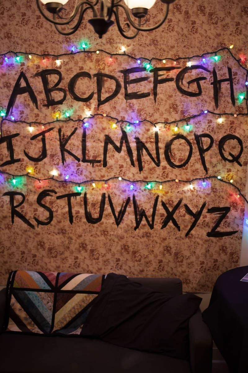 There Was An Actual Wallpaper Wall With The Creepy Letters And Christmas Lights Just Stranger Things Christmas Stranger Things Lights Stranger Things Alphabet