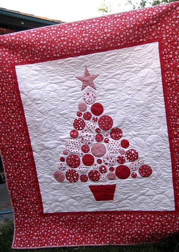 Variation of Christmas Tree made of appliqued Circles Really cute