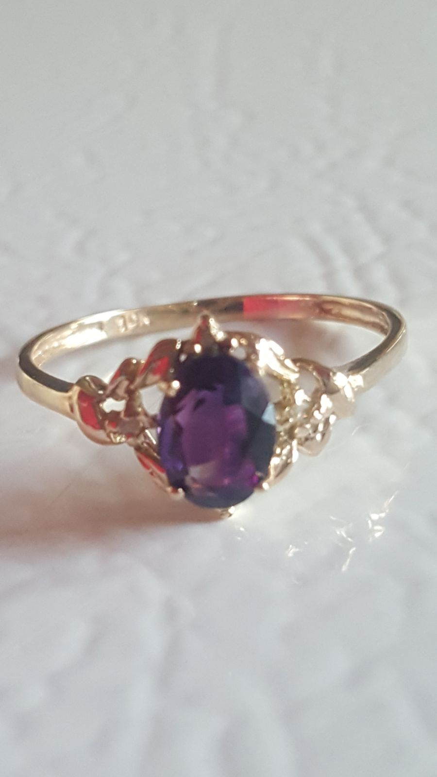 Price Is Firm Solid 10kt Gold Genuine Amethyst Natural Diamond Ring Size 7 25 0 8 Carats Deep Purpl Amethyst And Diamond Ring Amethyst Jewelry Ring 10kt Gold