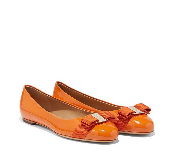 Varina - Zapatos - DAMA - Salvatore Ferragamo   diseños calzado 821aa9c9a0