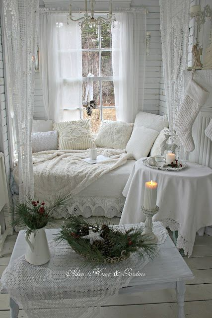 A Winter White Christmas in our Boathouse (Aiken House & Gardens)