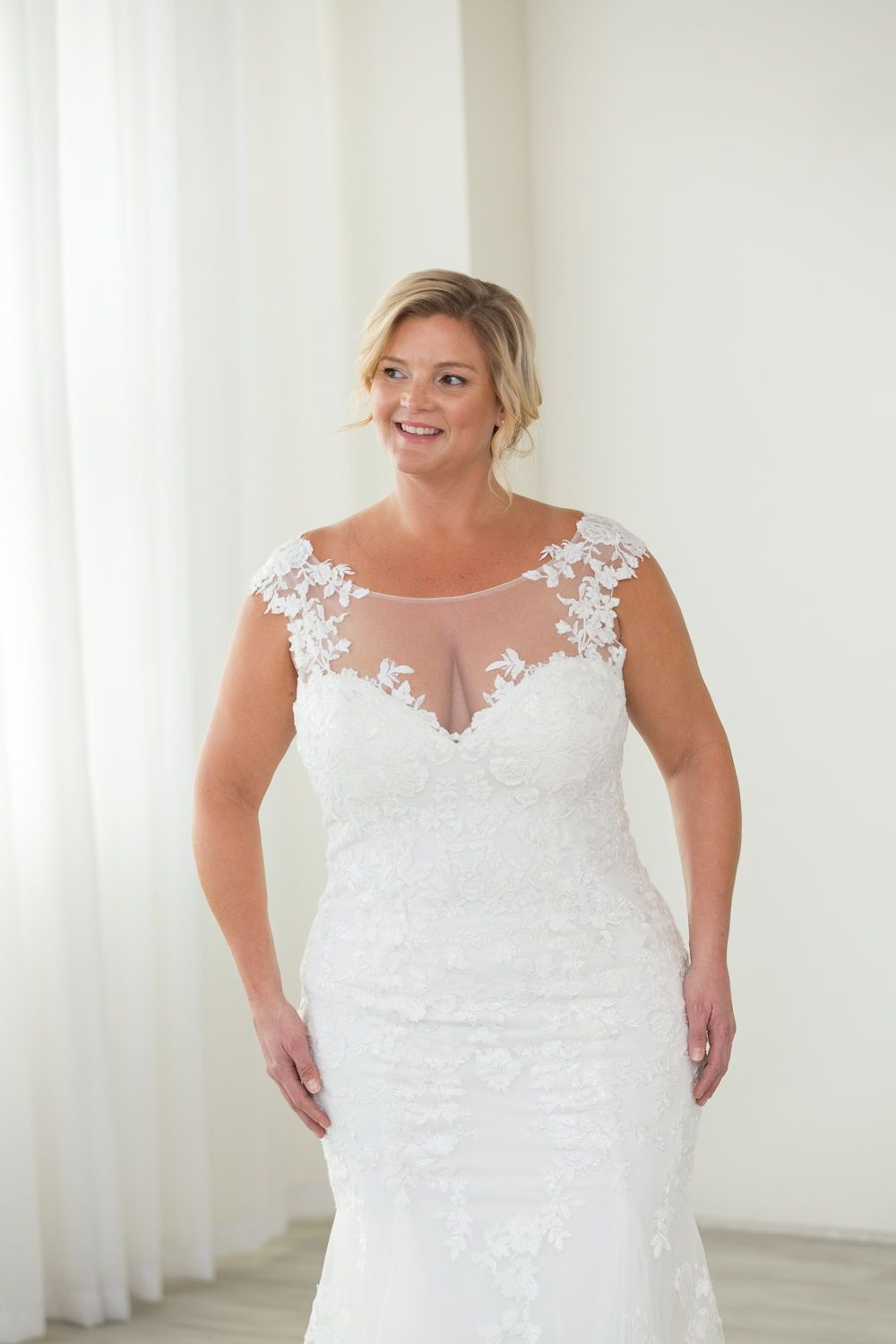 Fitted Lace Wedding Dress Sheer Illusion Neckline Plus Size Wedding Dress By Justin Fitted Wedding Dress Plus Size Wedding Gowns Fitted Lace Wedding Dress