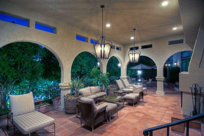 Mark Walhberg Beverly Hills Estate   Hilton Hyland