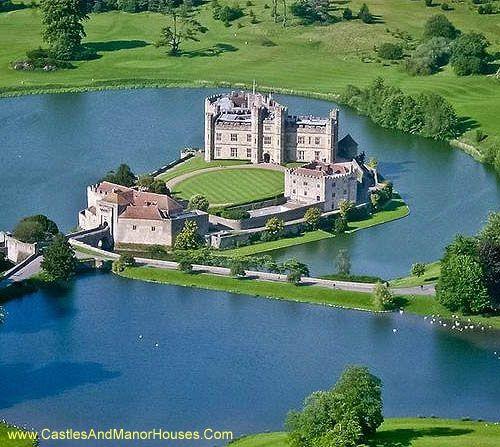 Pretty Places Leeds: Castles, Châteaux, Schlösser