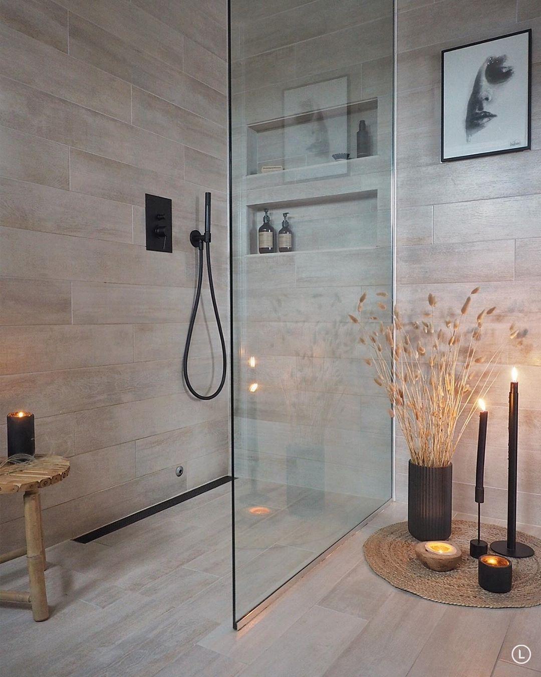 Inger Lise Lillerovde Pa Instagram Simplicity Dette Her Ble En Slovedag Heelt Utenom Det Vanlige Det Gorgeous Bathroom Modern Shower Interior Styling